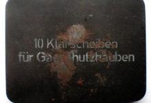 Niemieckie pudełeczko metalowe na drobiazgi do rysowania i kreślenia.